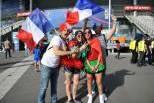 Adeptos de Portugal e França antes da final do Euro 2016