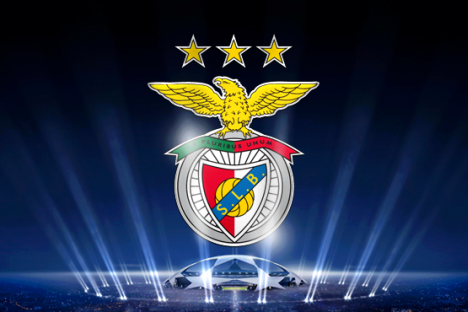 Benfica (logo clube sobre champions)