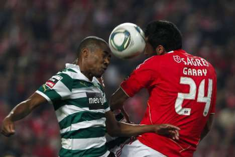 Benfica vs Sporting: Elias e Garay