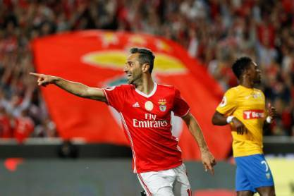 Jonas celebra no Benfica-Estoril