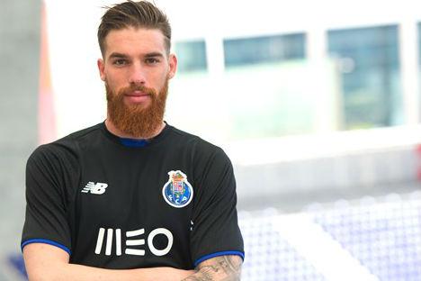 José Sá pode sair já do FC Porto