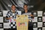 Rivaldinho apresentado no Boavista, ao lado de Rivaldo