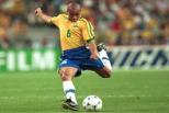1. 5º lugar: Roberto Carlos - 137 km/h - Brasil vs França (1997)