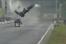 Vídeo: acidente de drag racing