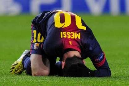 Messi lesionado (Barcelona vs Benfica)