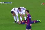 Vídeo: Cristiano Ronaldo puxa a orelha a Mascherano