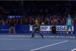 Vídeo: miúdo humilha Federer