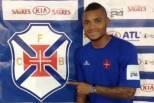 Nelson com a camisola do Belenenses