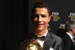Cristiano Ronaldo com Bola de Ouro 2013