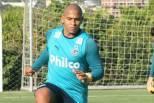 Walter em treino do Goiás