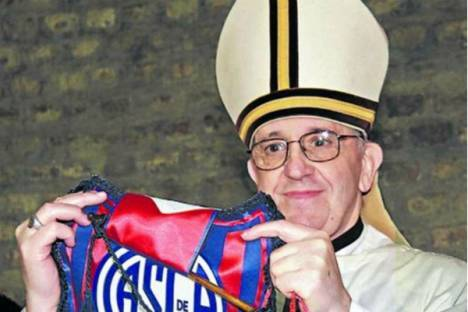 Papa Francisco com camisola do San Lorenzo