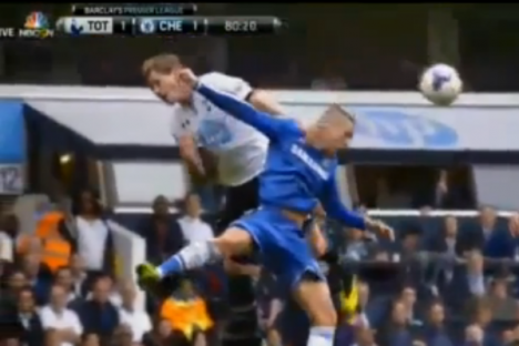 3050efcf7 Vídeo  Torres expulso no Tottenham-Chelsea. Justo
